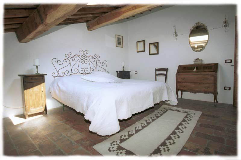 Palazzo san florido - Mobili citta di castello ...